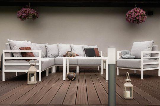 Zestaw mebli tarasowych marki MODU - fotel i narożnik z lini MODERN