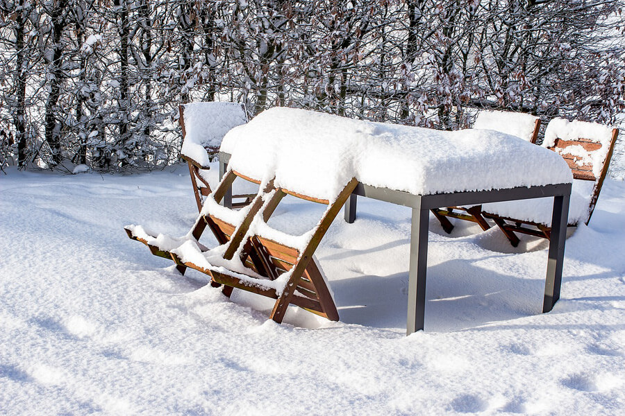 meble a śnieg